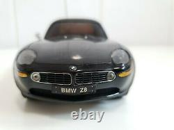 Vintage Rare Kyosho Palm Runner BMW Z8 RTR Version of Mini Z Table Top RC